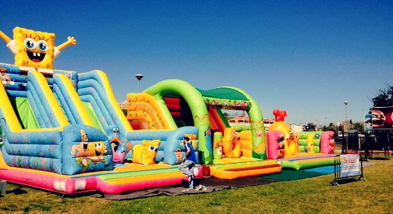 Alavera Parque Comercia Atracciones Niños